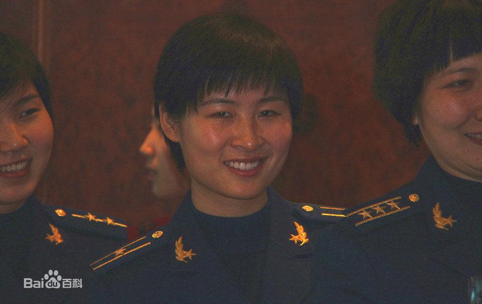 女宇航员刘洋个人简历资料家庭背景,中国首位女航天员刘洋做妈妈