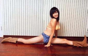件不穿开腿视频观看完整版,美女腿下大门图片图