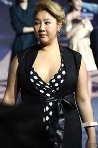 郑欣宜男友神秘身世分手原因, 郑欣宜为什么这么胖减肥前后照片(3)