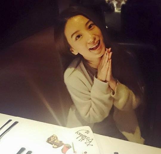 田馥甄爱好女生真的假的她是les么?她和selina究竟甚么关系